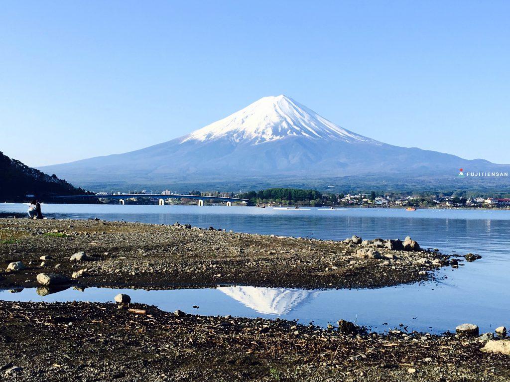 富士山河口湖_逆富士