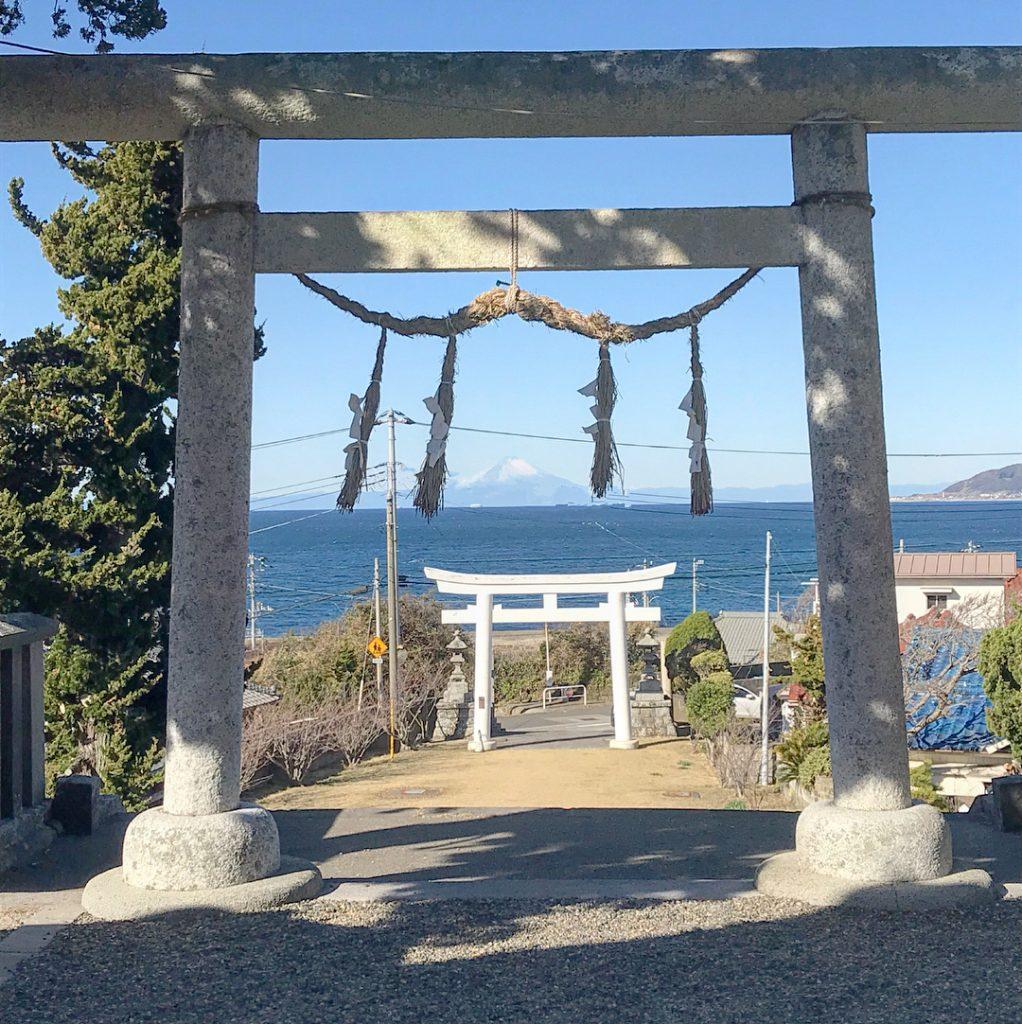 鳥居富士山-布良崎神社