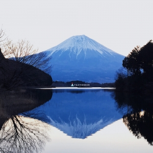 逆富士_田貫湖