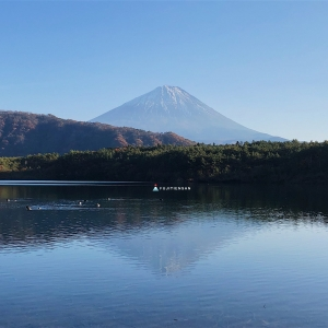 逆富士_西湖
