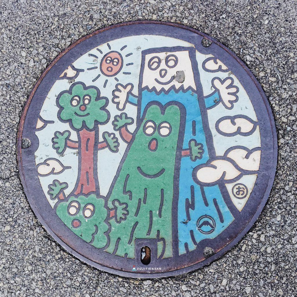 富士山人孔蓋_卡通版樹木富士山與太陽